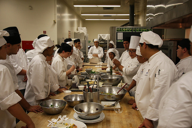 5 Reasons Cooking Schools Kick Ass