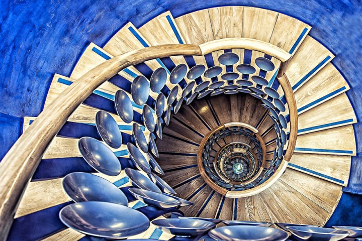 spiral-staircases-mesmerizing-wildammo-62414 (1)