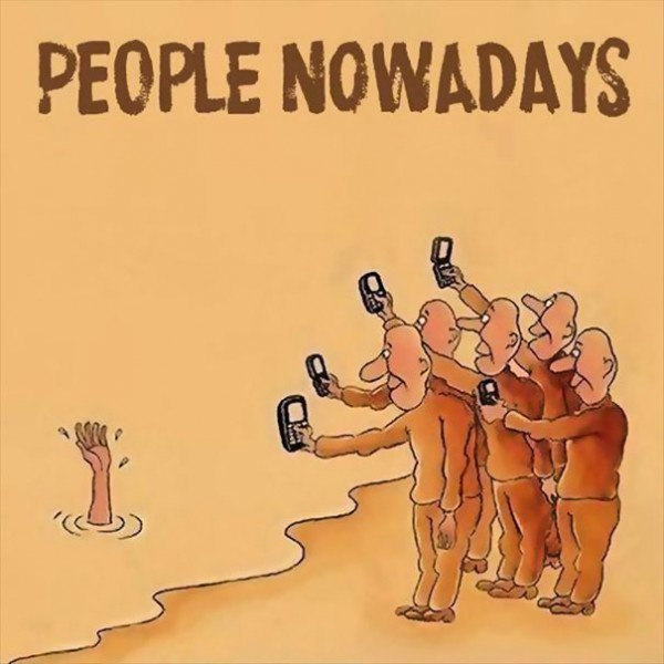 Images That Show How Smartphones Have Taken Over.  (11)